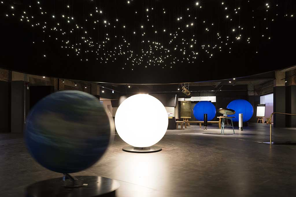 educational and display fibre optic & led lighting at the london science museum